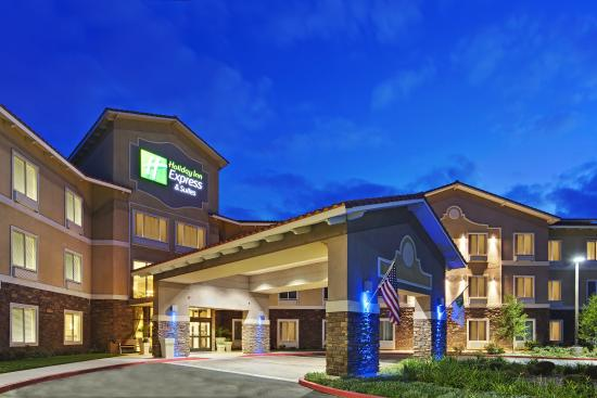 beaumont oak valley hotel exterior picture of holiday inn express hotel suites beaumont oak. Black Bedroom Furniture Sets. Home Design Ideas