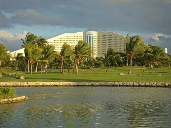 Iberostar Golf Club Cancun