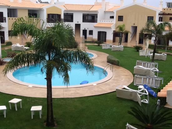 Sagres Time Apartamentos: Pool view