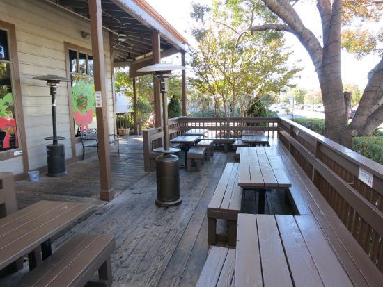 Clayton, Καλιφόρνια: Outdoor Seating