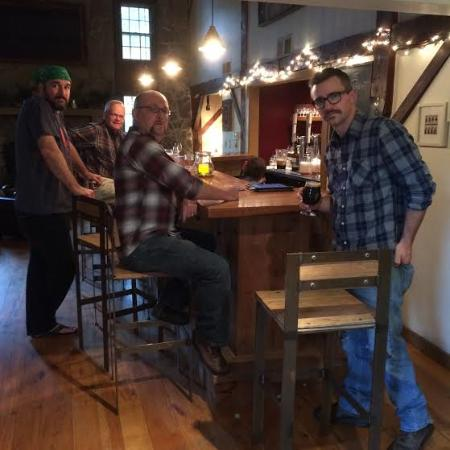 Rockmill Brewery: Bar.