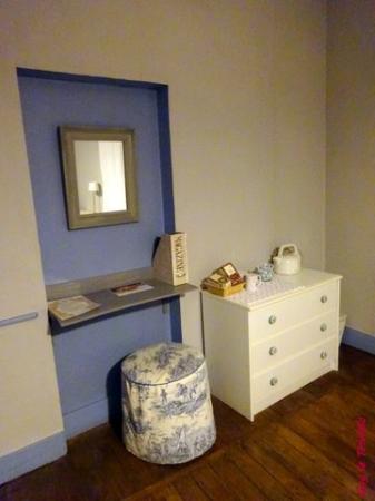 coiffeuse photo de la petite r verie ch lons en champagne tripadvisor. Black Bedroom Furniture Sets. Home Design Ideas