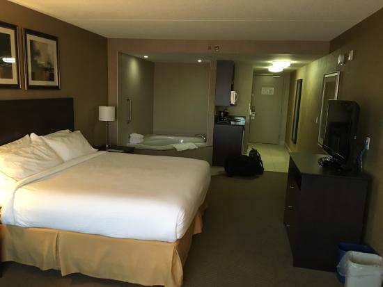 Holiday Inn Express Hotel & Suites Kingston: Bedroom 2