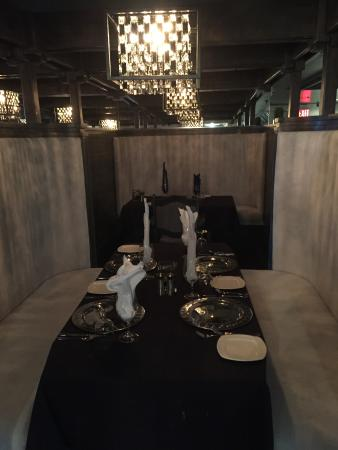 Memories Fine Dining: New booth