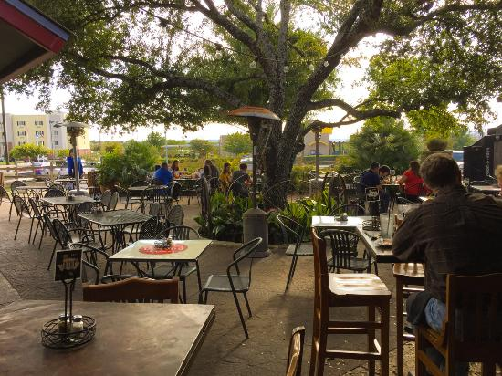 Two Step Restaurant and Cantina: The outdoor garden area - the best thing about the restaurant