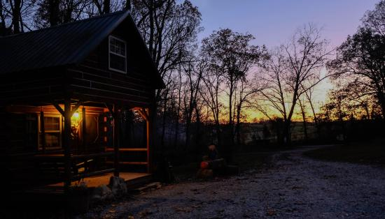 Timber Ridge Outpost & Cabins: Hickory Hollow Cabin