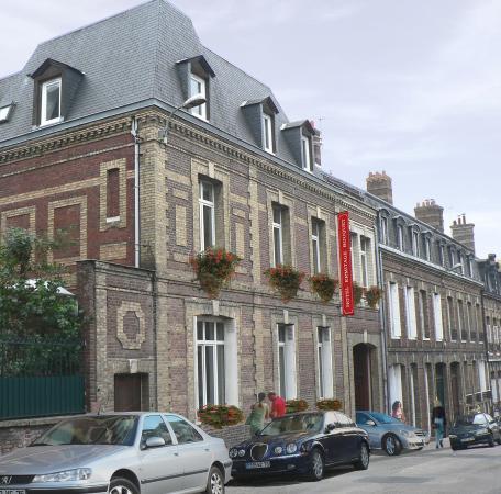 Hotel ermitage bouquet rouen frankrike omd men och for Bouquet hotel