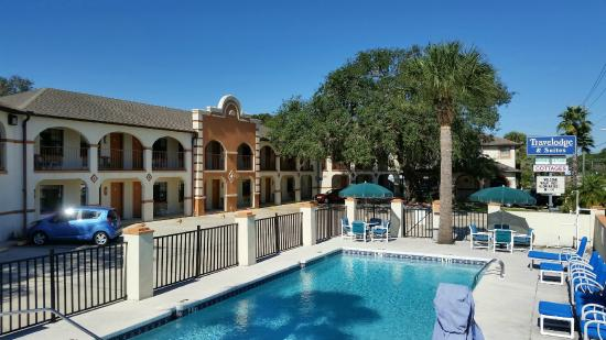 Travelodge Suites Saint Augustine: exterior