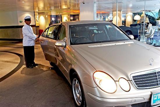 Dream Bangkok: Limousine Service