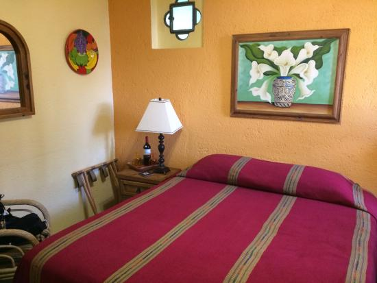 Casa Tuscany Inn: comfortable and clean room