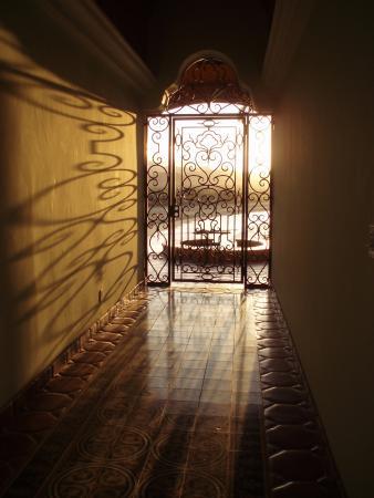 تودوس سانتوس, المكسيك: Entry to south facing bungalows