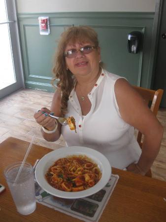 Newport, NJ: Todo riquisimo -Andrea Loradella's .