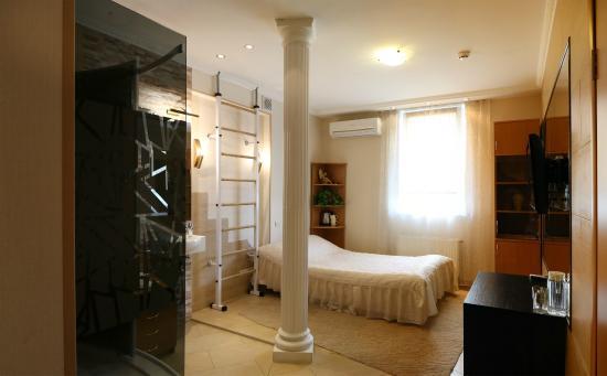 VS-Apartments : Самый компактный номер укомплектован диван-кроватью