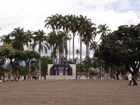 Plaza Civica Luis Carlos Galan