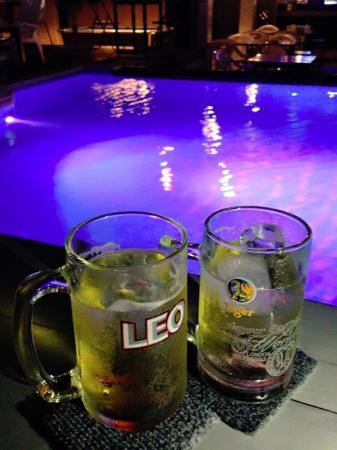 Swim Pool Villa Bar