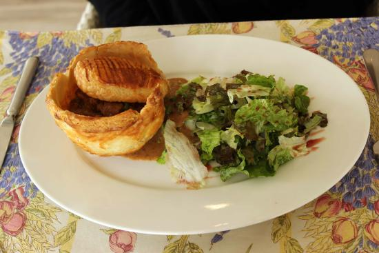 The Culinarium: Pot pie
