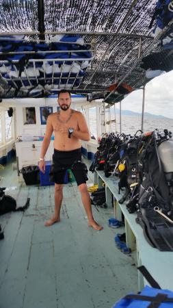 Phangan International Diving School : Day on the boat
