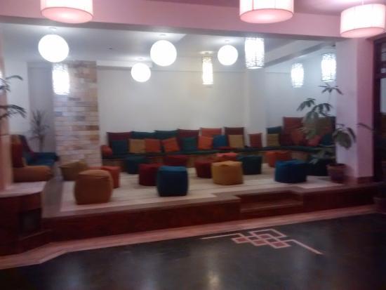Hotel Holy Himalaya : Dining area