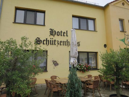 Fockbek, Alemania: Front view of Hotel and Restaurant