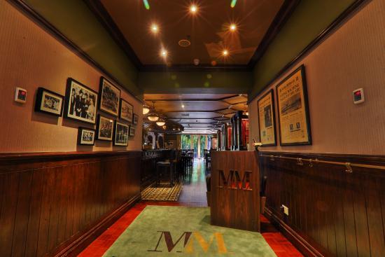 Molly Malone's Gastropub & Grill