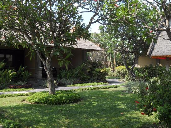 Matahari Terbit Bali Deluxe Bungalows: Gardens
