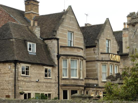 The Crown Hotel Stamford: Crown Hotel facade