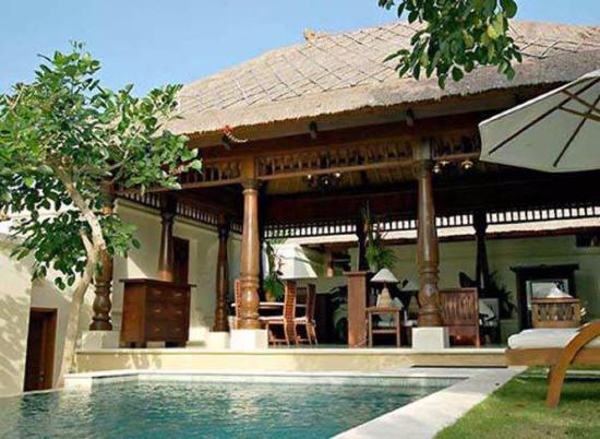 Pat-Mase, Villas at Jimbaran: Вид на гостинную