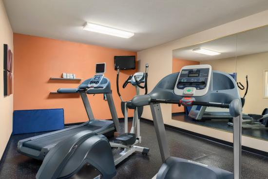 Peoria, IL: Fitness Center