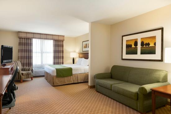 Country Inn & Suites Peoria North: Suite