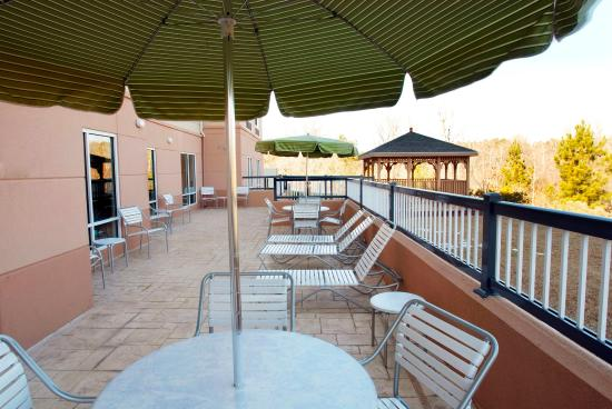Fairfield Inn & Suites Milledgeville: Gazebo