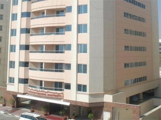 Ramee Guestline Hotel Apartments II: Exterior