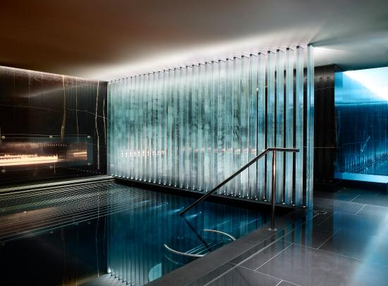 Corinthia Hotel London: The Vitality Pool at ESPA Life At Corinthia