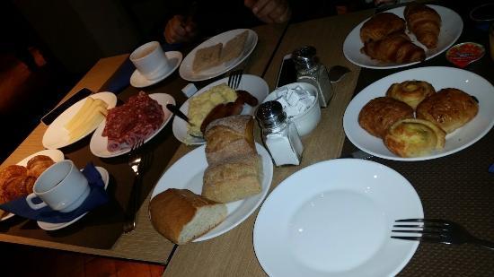 Hotel Lautrec Opera: prima colazione