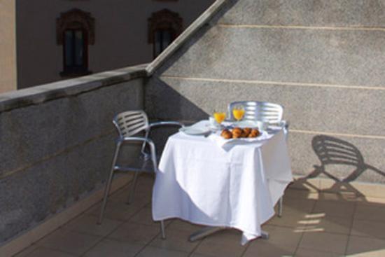 Hotel Medicis: Terrace