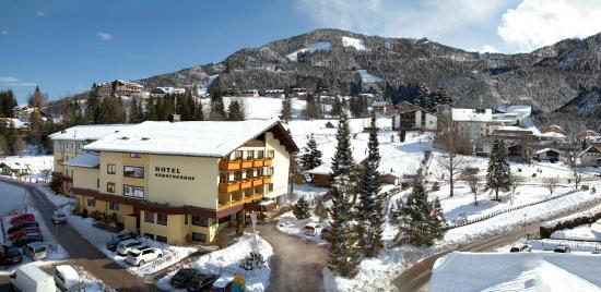 Winteransicht Hotel Kärntnerhof