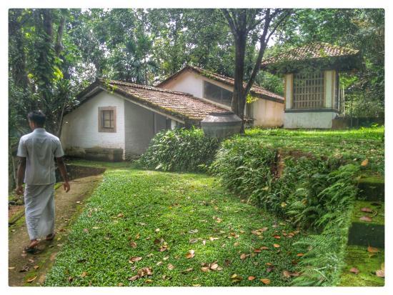 Bentota, Sri Lanka: Original rooms, now a hotel