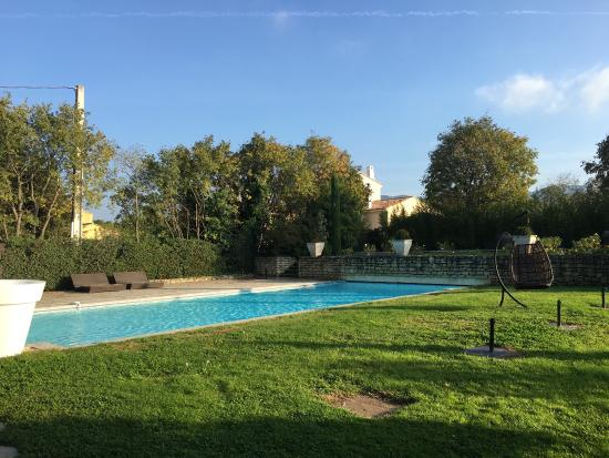 Le Mas Des Carassins Hotel: photo2.jpg