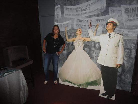 Evita Vive Cena & Show: Show Evita Peron