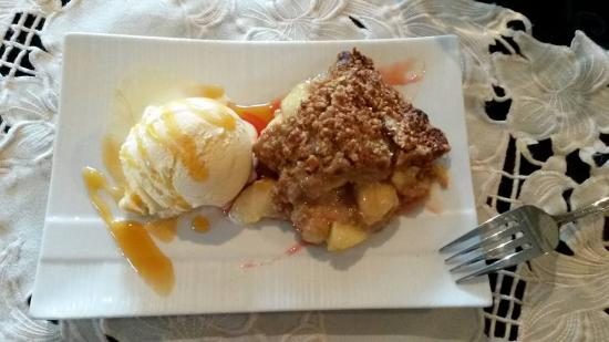 Baltimore, Канада: Apple crumble & ice-cream