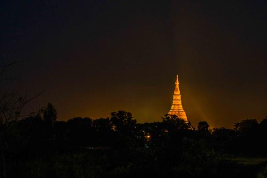 Rakhaing-Staat, Myanmar: Night view of Lokananda Pagoda, Sittwe by Sigit Pramono