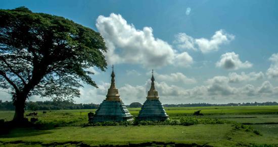 Rakhine State, Myanmar: small pagoda in kway tha township, Rakhine By Sigit Pramono