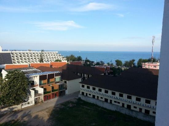 Golden Beach Hotel Cha-am: view from hotel room