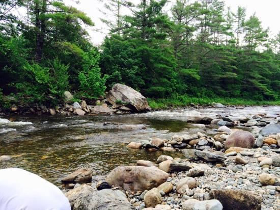 Twin River Campground and Cottages : the wild am river
