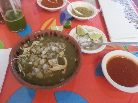 Itanoni Flor del Maiz: Pozole mixta with 3 chile mole