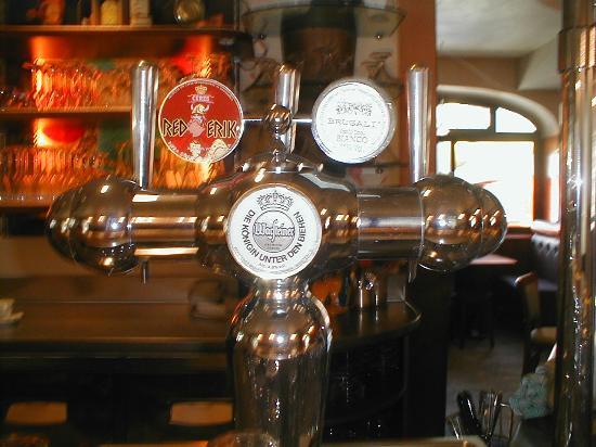 Brembate, İtalya: la birra