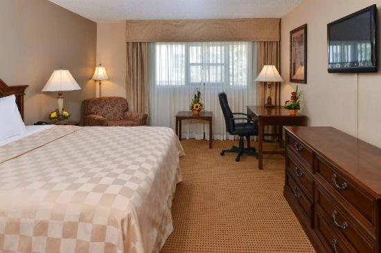 Clarion Inn Garden City UPDATED 2017 Hotel Reviews Price