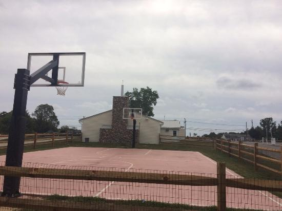 Ocean View, NJ: Brand New Basketball Court