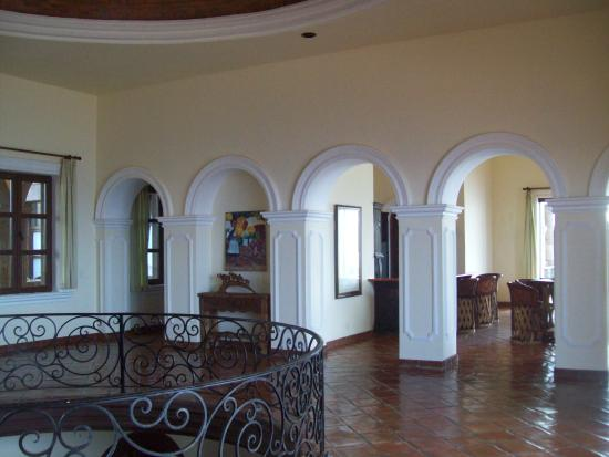 Todos Santos, México: upstairs common area