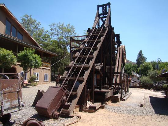 Mariposa Museum and History Center: Equipment used for Mining, Mariposa Museum and History Centre