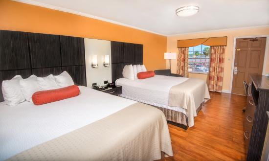 Best Western Bayfront: Double Queen Beds